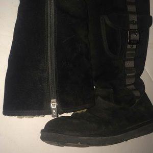 Black suede leather size 10 ugg boots black